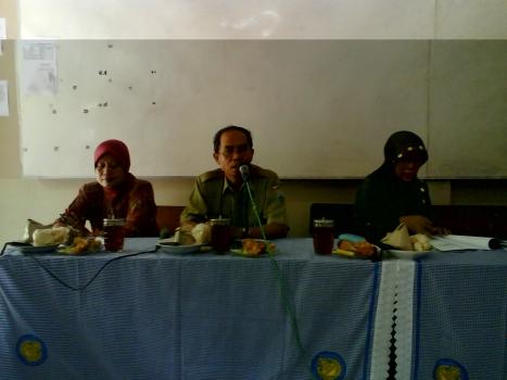 Pembukaan Supervisi SMP Oleh Ketua Majlis Cabang Kudus
